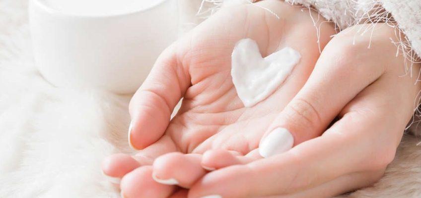 Mejores hierbas medicinales para los bochornos de la menopausia