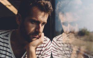 Cómo superar la tristeza y el desánimo
